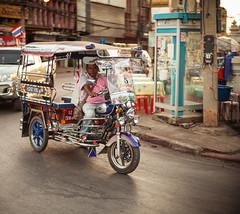 Thailand - Sukhothai Tuk tuk (Cyrielle Beaubois) Tags: people man thailand asia south thalande tuktuk driver southeast tuk 2015 canoneos5dmarkii cyriellebeaubois