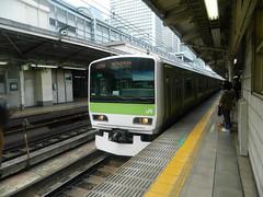 E231 (6) (Transrail) Tags: tokyo emu yamanoteline jreast e231 electricmultipleunit tokaidomainline eastjapanrailwaycompany kawasakiheavyindustries tokyucarcorporation