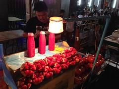 Pomegranate Juice (Ryo.T) Tags: thailand chinatown bangkok    yaowarat