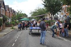 Everyone loves a street party! (turini2) Tags: road birthday street party june her 90th queen woodside majesty 2016