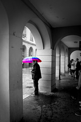 Waiting (Bruno MATHIOT) Tags: street city people france color umbrella canon french europe sigma pop strasbourg alsace splash 1770 rue couleur parapluie 760d