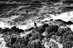 Maestrale (encantadissima) Tags: mare palermo sicilia pescatore onde scogliera maestrale bienne aspra