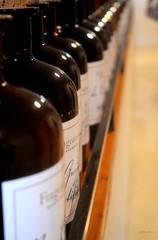 Bouteille de Parfum - Fragonard (CeriseBleuePhoto) Tags: grasse frjus fragrance bouteille fragonard alignement parfum marque chimie graphisme et