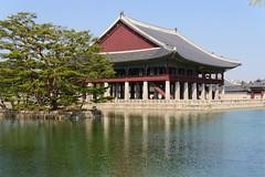 Gyeonghoeru Pavilion (Travis Estell) Tags: palace korea seoul southkorea jongno gyeongbokgung gyeongbokpalace gyeonghoeru republicofkorea gyeongbokgungpalace jongnogu gyeonghoerupavilion