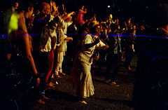 yo soy un gato silvestre nadie me moleste (FelipeBe) Tags: en music night del uruguay noche kodak live afro ruben vision musica punta mm este 35 vivo rada fundacion atchugarry 250d