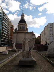 20160427_153158 (ElianaMarlen) Tags: arquitecture architecture street streetphotography photography rosario argentina sculpture church