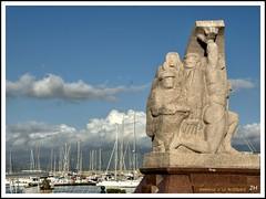 Monument de la rsistance (au35) Tags: monument port nikon corse nuages ajaccio mditerrane rsistance d5000