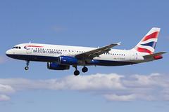 G-EUUP British Airways (Escursso) Tags: barcelona plane canon airplane airport wings spain aircraft bcn airbus british airways aeroport spotting avion a320 avio elprat a320232 lebl geuup