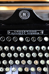 IMG_0937 (trevor.patt) Tags: typewriter apt underwood hcesar elliottfisher