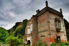 Derelict Mansion II (Ben Wink Photography) Tags: uk england urban broken photography hall aperture nikon hand ben bricks norfolk ruin down x falling handheld 1855mm expensive wink derelict hdr vr listed ruined urbanx rougham