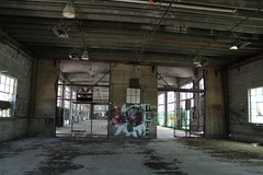 Interior of the battery section (tomman) Tags: railroad yards urban yard train foundry factory decay albuquerque rail tvshowlocation railyard boiler filmlocation revitalize macgruber breakingbad terminatorsalvation