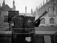 Photo (Daniel Pietzsch) Tags: uk cambridge england musician college trash lumix singing photos guitar g bin kings rubbish kingscollege guitarist binman the dmcgf1 14f25 lumixg14f25 thesingingbinman