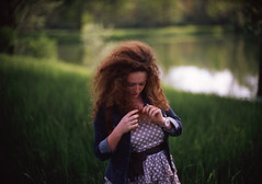 Meet Giulia (NyYankee) Tags: lake green film nature girl grass hair 50mm dress bokeh f10 curly noctilux expired pois giulia leicam6 kodakelitechrome100 reversalfilm kodakeb3 noctilux50mmf10