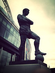 Bobby Moore (David Crausby) Tags: sculpture london english statue stadium ground player moore captain legend 4s wembley defender whu sweeper iphone footballer westhamunited stadia bobbymoore uploaded:by=flickrmobile flickriosapp:filter=mammoth mammothfilter