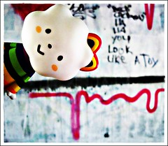 look like a toy (Schneckiene) Tags: toy graffiti rainbow doll vinyl lammy missrainbow fluffyhouse