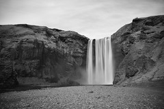 Skgafoss LE B/W (Dennis Sla) Tags: longexposure bw nature water clouds landscape outside island blackwhite waterfall iceland nikon sigma sland skgafoss monochroom 1750mm nd110