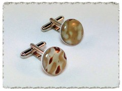 Brown/Beige/White round cufflinks