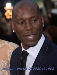 Tyrese Gibson (iron_smyth48) Tags: red portrait man celebrity film face shirt carpet star eyes tie event jacket actor earrings premiere celeb