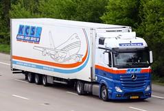 Mercedes Actros new look BZ VX 43 Kuijpers Cargo Service (gylesnikki) Tags: blue white truck artic mp4 kcs kuijperscargoservice