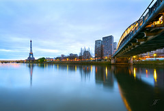 Tour Eiffel & Pont Rouelle (Julien Fromentin - Photographe) Tags: world city bridge light paris france tower art history monument seine digital photoshop sunrise french effects photography town photo nikon europe long exposure flickr raw tour shot capital eiffel full frame pont manual capitale fullframe nikkor dri f28 hdr ville parisian francais citt d800 blending lightroom birhakeim effets parisien rouelle photomatix 24x36 2013 fromentin fromus colocacin cuida traitements 1424mm fromus75