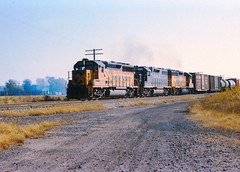 C&O #4379 at Vickers (Toledo area) in October 1987. (rrradioman) Tags: nyc pc 1987 toledo co bo chessie vickers penncentral 4379