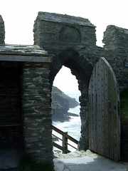 Castle Entrance (andyspex) Tags: castle tintagel cornwallenglishheritage