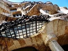 DSC07405 (Fran PS) Tags: barcelona spain gaudi modernismo hdr lapedrera casamil paseodegracia