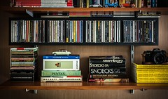 My redecorated shelf! (Louis de Leeuw) Tags: way bedroom pentax cd super shelf collection national reason propellerheads stuff erik cds van magazines geographic discs compact oranje soldaat snoecks roelfzema hazelhoff