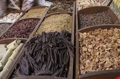 herbs (Ren Mouton) Tags: shop secondchance market herbs egypt winkel markt aswan kruiden egypte  asuan   syene flickrchallengegroup mir assoean