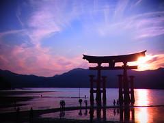 (yukko757) Tags: sea japan hiroshima ricoh cx4 itsukushimazinzya