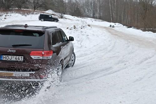 winter snow jeep offroad suv renegade jeeprenegade winteroffroad jeeprenegadelaunchevent