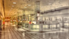 Death of a Macy's (Nicholas Eckhart) Tags: usa retail mi america mall us michigan detroit departmentstore macys northland stores marshallfields southfield hudsons 2015 deadmall dyingmall northlandcenter jlhudsoncompany
