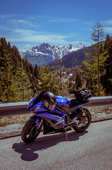 Brisk Spring afternoon (troy.jackman) Tags: italy snow alps spring italian italia motorbike moto motorcycle yamaha 2009 dolomites r6 yzfr6