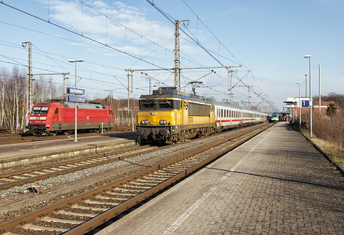NS 1774 met IC 146, Bad Bentheim 14-02-2015