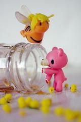 HoneyTime (  Pounkie  ) Tags: bear flower fleur rose vintage toys bee honey 80s miel gloomybear pollen mimosa abeille ourson jouets vinyltoy urbantoy dessinanim honeytime mayalabeille