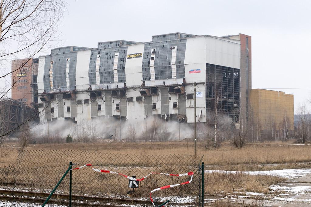 The World\'s Best Photos of kraftwerk and sprengung - Flickr Hive Mind
