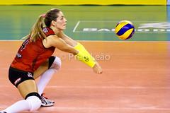 Sesi x Minas (Pru Leo) Tags: sports sport action osasco indoor mari 7d asics volleyball olympic olympics esporte 70200 volley olimpiadas brac volei mikasa tm7 sesi olmpicos superliga thaisa molico rio2016