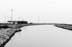 _DSC0028 (Josem_) Tags: puerto nikon sigma paisaje mlaga blanconegro d5100