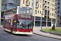 East Yorkshire 674 (Lotsapix) Tags: volvo president hull eastyorkshire plaxton yy52lco