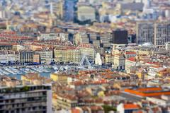 Marseille miniature (--PaX--) Tags: city france wheel port miniature marseille nikon harbour ferriswheel ville granderoue roue tiltshift d5200