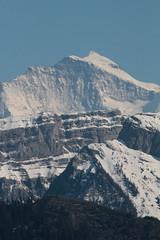 Jungfrau mit Sieben Hengsten im Vordergrund in den Berner Alpen - Alps im Berner Oberland im Kanton Bern der Schweiz (chrchr_75) Tags: hurni christoph schweiz suisse switzerland svizzera suissa swiss chrchr chrchr75 chrigu chriguhurni chriguhurnibluemailch mai 2016 mai2016 hochformat albumjungfrau jungfrau kantonbern alpen alps berg viertausender montagne montagna mountain berner oberland susisa albumregionthunhochformat thunhochformat kanton bern albumemmental emmental ämmitau ämmital emmetau sveitsi sviss スイス zwitserland sveits szwajcaria suíça suiza