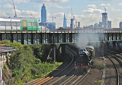 Under and Over (Deepgreen2009) Tags: bridge electric train tour under over railway junction steam special southern battersea royalscot uksteam 46100