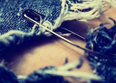 Enganchado (Elsa Fdez) Tags: jean vaquero piel imperdible