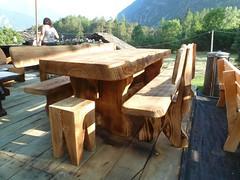 P1010189 (serafinocugnod) Tags: legno tavoli