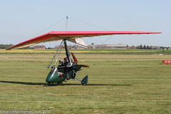 G-MYXX - 1995 build Cyclone Airsports Pegasus Quantum, taxiing in on arrival at Beverley (egcc) Tags: fish pegasus microlight beverley quantum lightroom weightshift 7081 flexwing linleyhill cycloneairsports rotax582 egny gmyxx