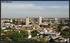 Avar, estado de So Paulo, Brasil. (Fbio & Carol) Tags: cidade brazil arquitetura brasil clouds landscape nuvole paisagem cu nubes nuvens nuvem horizonte edifcio amricadosul interiordesopaulo avarsp panoramaurbano sonydsch55