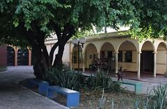 Entrada do convento franciscano N. Sra. das Graas em Floriano-PI 206 (vandevoern) Tags: brasil convento piaui parquia floriano fraternidade franciscano vandevoern