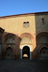 DSC_4673 (aktarian) Tags: bologna italy italija italia shadows sence shadowplay cerkev church katedrala cathedral santuariodisantostefano