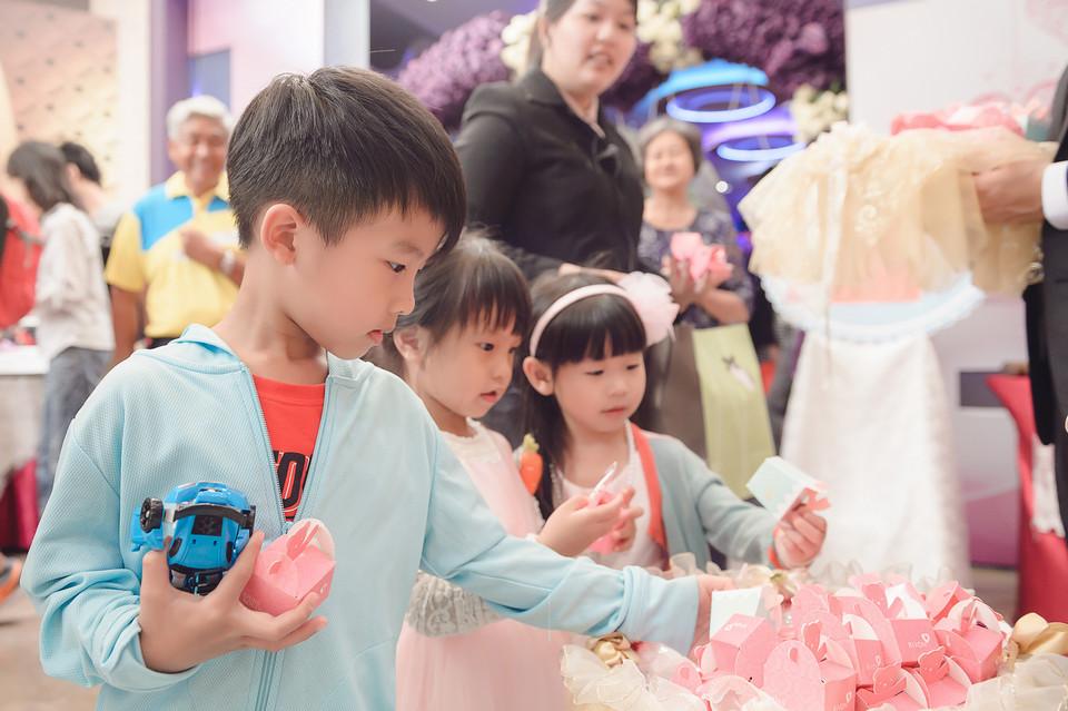 婚禮攝影-台南情定婚宴城堡永康館-89