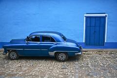 Just blue in Cuba [EXPLORE] (Antonio Cinotti ) Tags: chevrolet latinamerica nikon cuba explore oldcar americancar flickrexplore d7100 nikon1685 nikond7100